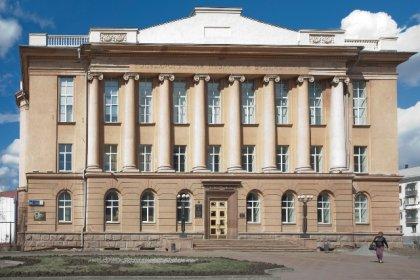 Публичная библиотека. Фото Сергея Жаткова